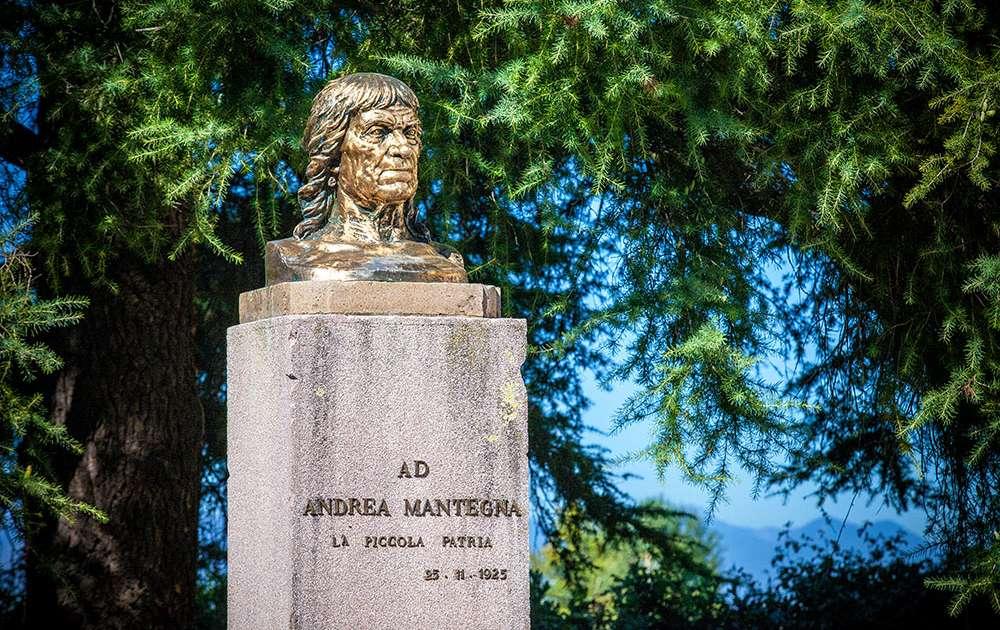 Monumento ad Andrea Mantegna